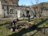 volunteers-in-dolydd-garden