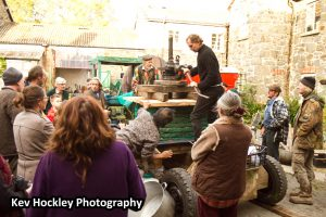 Apple pressing day